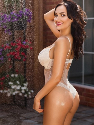 Escort Girl Catrin - Photo: 4