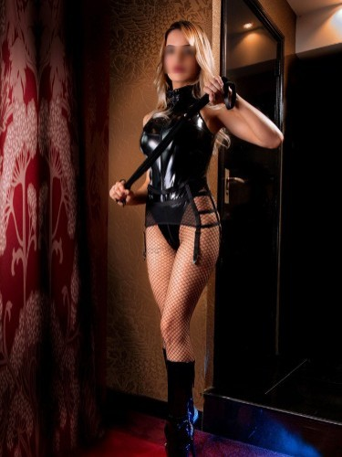Escort Girl Carina in Amersfoort - Photo: 2