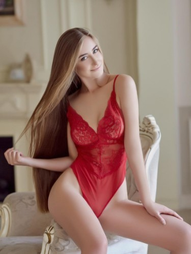 Escort Girl Arina playgirl in Athens - Photo: 3