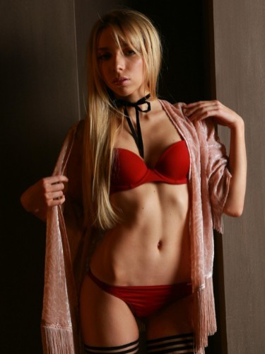 Escort Girl Maya in Brussels - Photo: 1